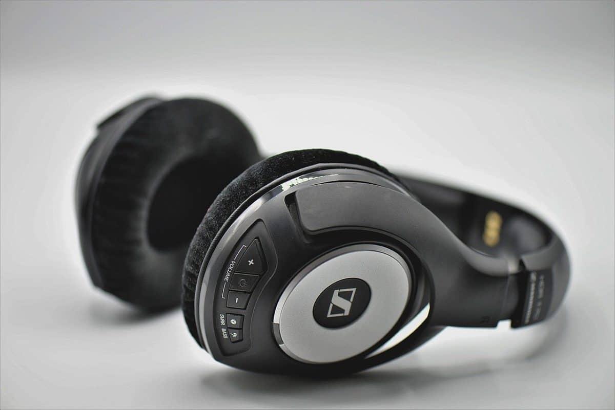 auriculares inalambricos bluetooth negros